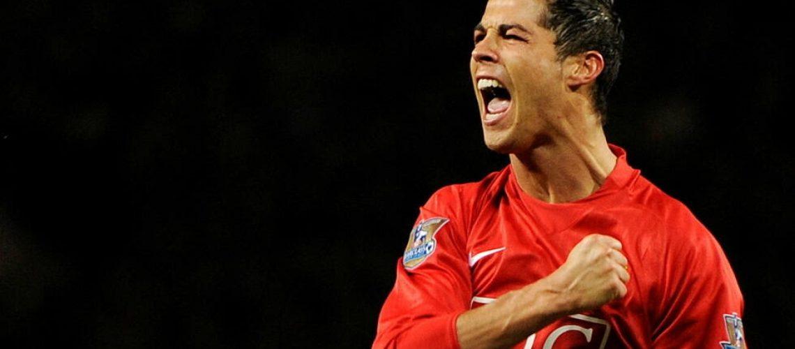 Cristiano Ronaldo sous les couleurs de Manchester United, le 29 octobre 2008. REUTERS - TOBY MELVILLE